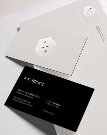 tarjetas personales de abogados en negro