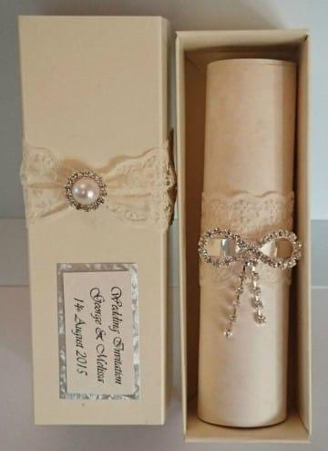 invitaciones de boda pergamino en caja