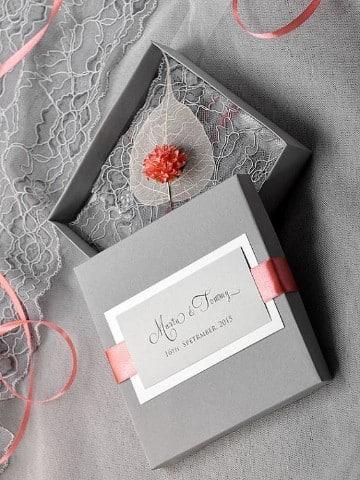 partes de matrimonio elegantes en gris