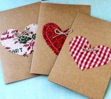 como hacer tarjetas de corazon con tela