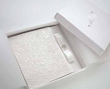 invitaciones de boda en blanco vintage