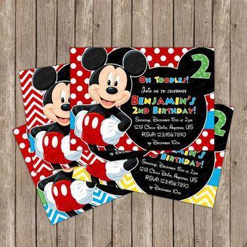 tarjetitas de cumpleaños de mickey para niño
