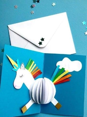 como hacer tarjetas con hojas de colores