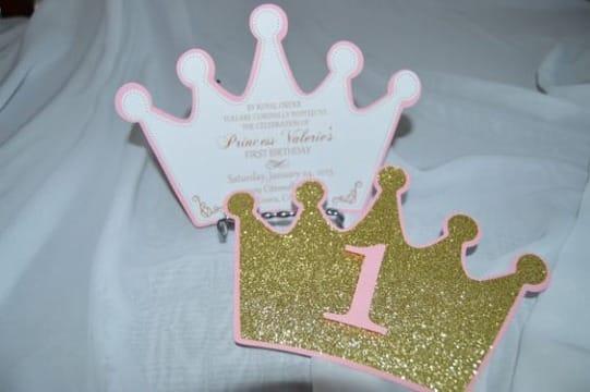 invitaciones de coronas de princesas para primer año
