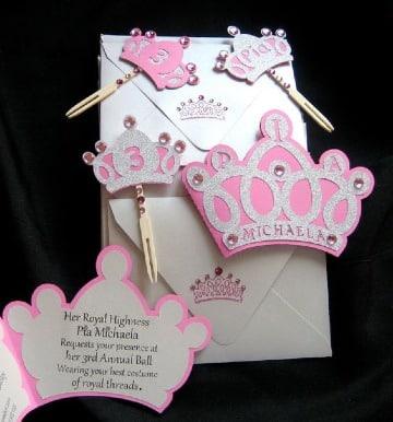 modelos de invitaciones de coronas de princesas