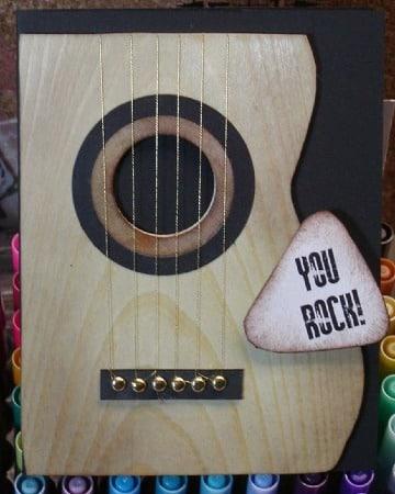 modelos de tarjetas en forma de guitarra