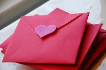 sobres para cartas de amor sencillos