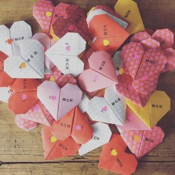 tarjetas en forma de corazon manualidades