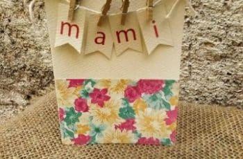 como hacer tarjetas para mamá hechas a mano