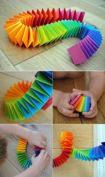 manualidades con hojas de colores para niños