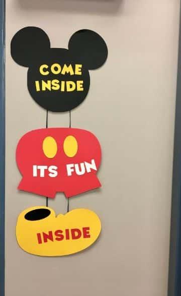 letreros de cumpleaños de mickey mouse originales