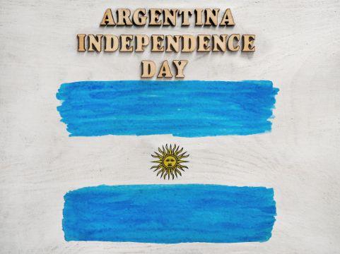 feliz dia de la independencia argentina con dibujo