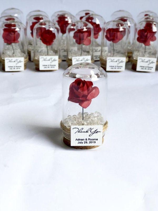 recuerdos de mesa para boda rosas