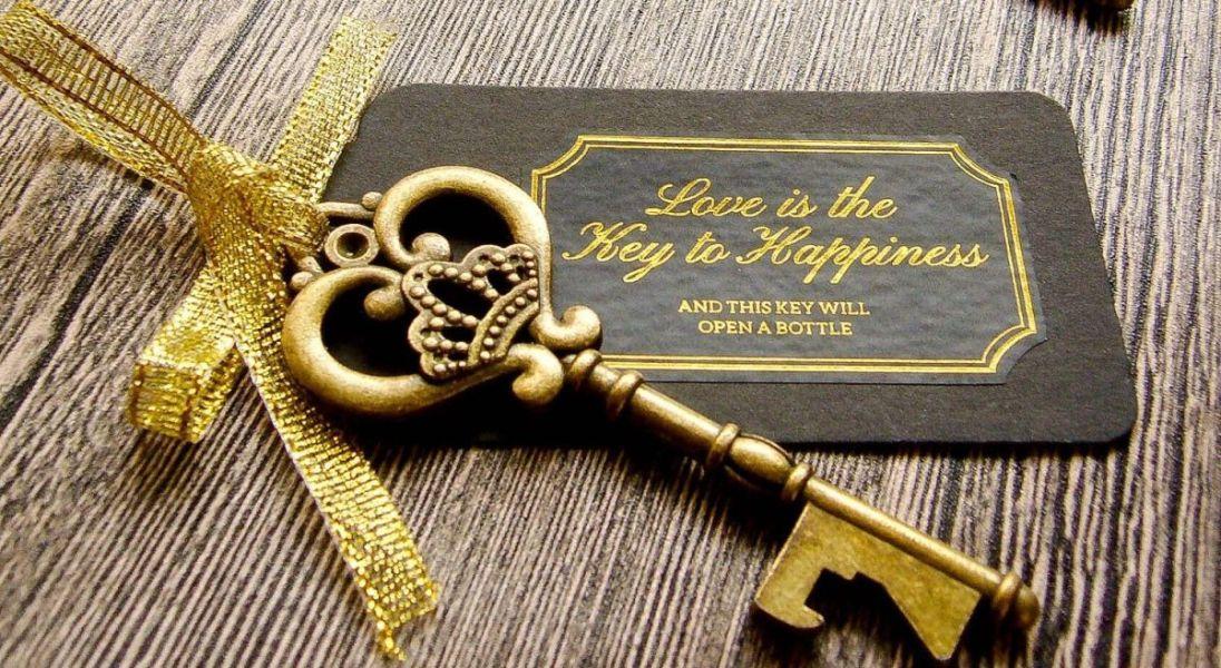 tarjetas de recuerdo de boda con llaves