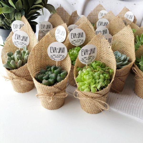 tarjetas de recuerdo de boda con plantas
